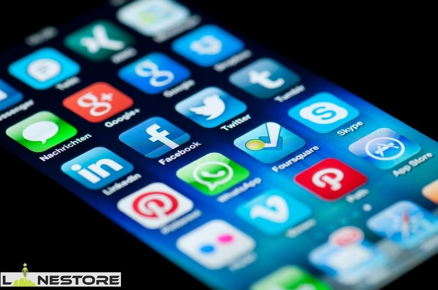 سیاست متأثر از شبکه های اجتماعی